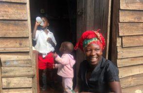 MaiDylon-kocht-für-Volunteers_Bongai-Shamwari.jpg