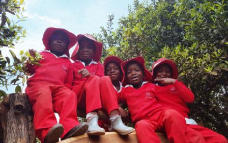 Eine Gruppe Kindern von Bongai Shamwari